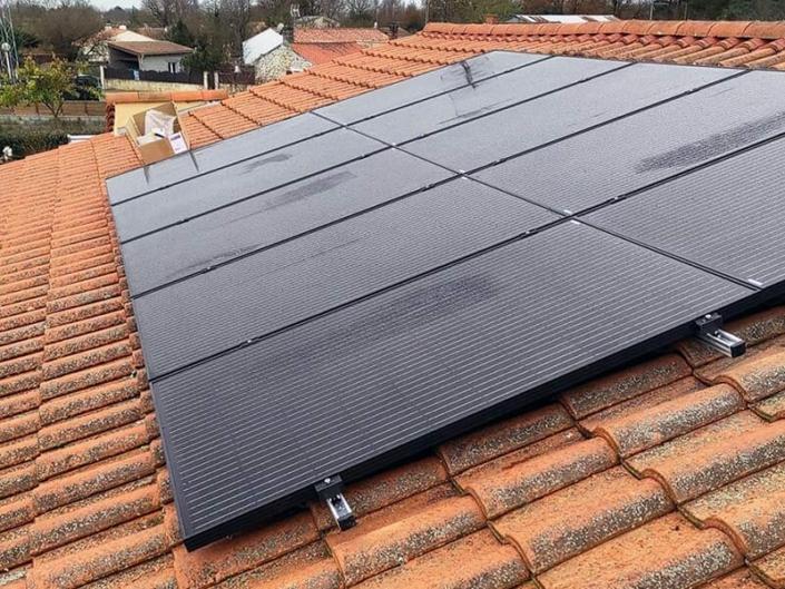 Installation et maintenance de panneaux photovoltaïques en surimposition et en autoconsommation à Sainte-Foy en Vendée (85) - ARS Énergie - Modules photovoltaïques, panneaux solaires, énergies solaires, centrales, réparation, maintenance, installation, pose,...